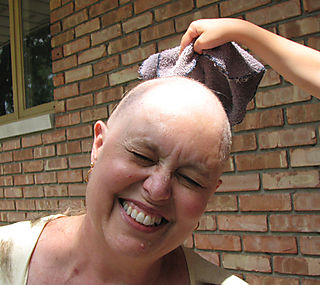 HeadShaving4