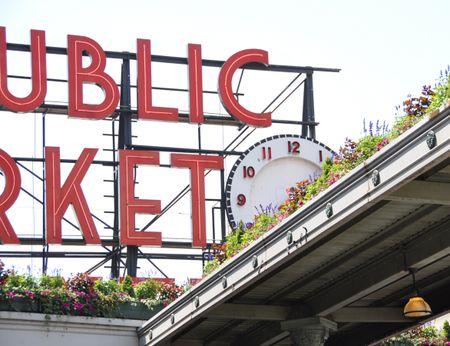 PublicMarketSign
